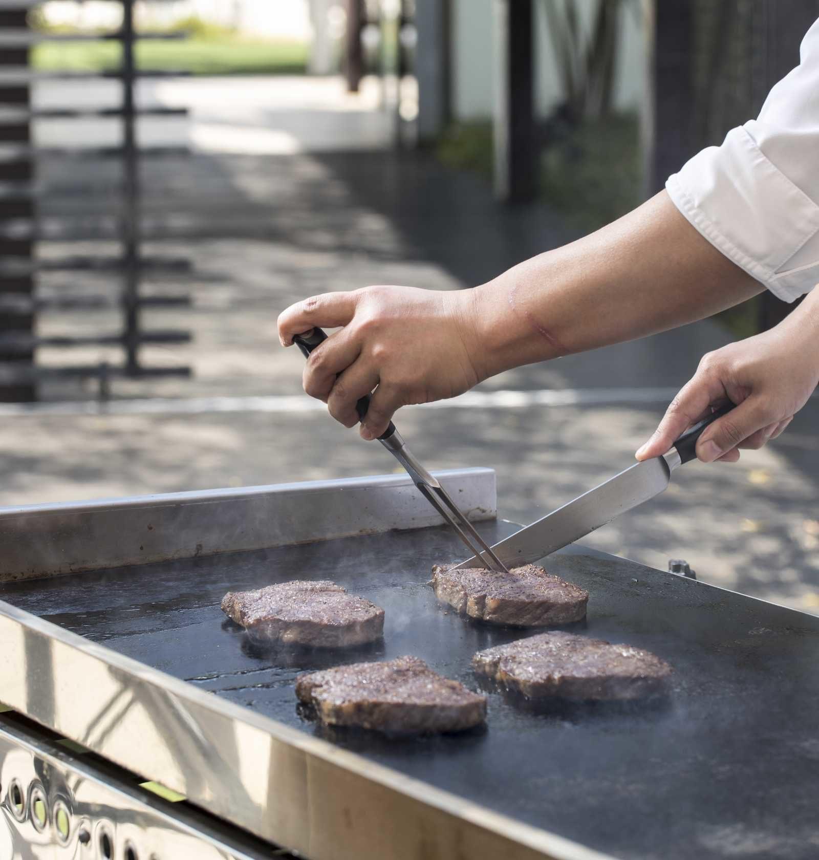 高松市の結婚式場アイルバレクラブの婚礼料理のお肉イメージ