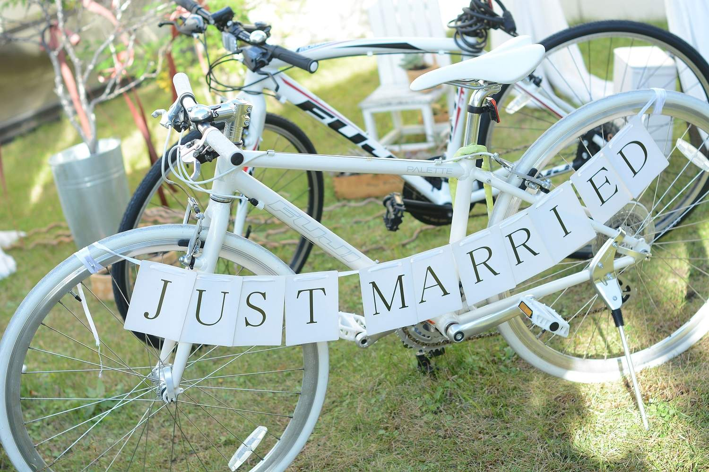 高松市の結婚式場アイルバレクラブの結婚式で自転車を装飾