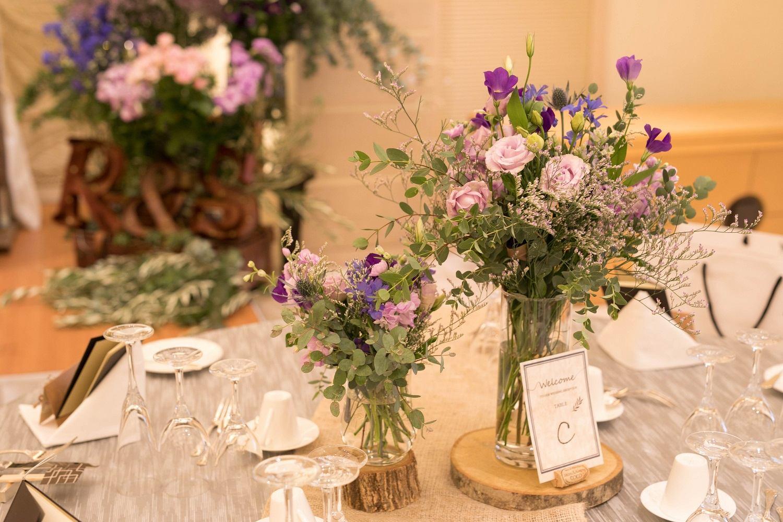 高松市の結婚式場アイルバレクラブのナチュラルなテーブル装飾