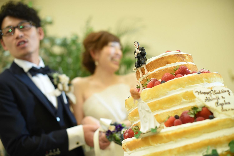 高松市の結婚式場アイルバレクラブの結婚式のウエディングケーキ