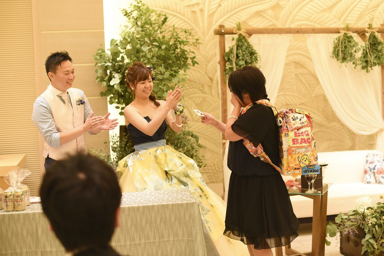 高松市の結婚式場アイルバレクラブの披露宴でゲストにプレゼント