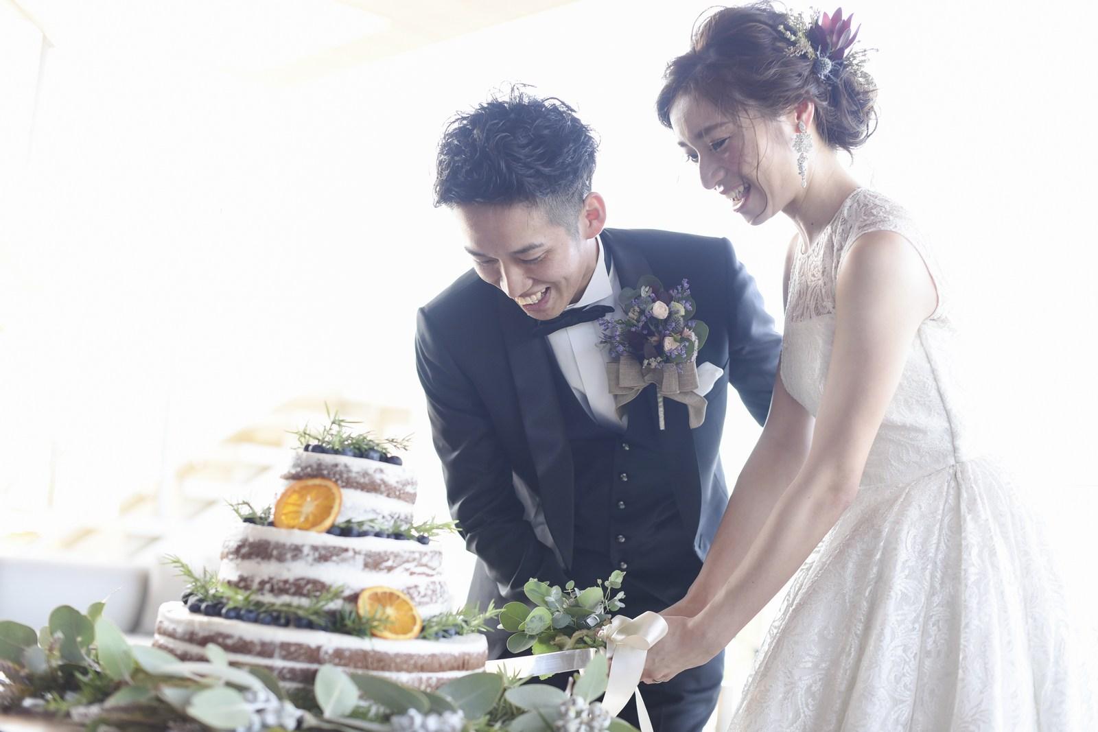 高松市の結婚式場アイルバレクラブのウェディングケーキ