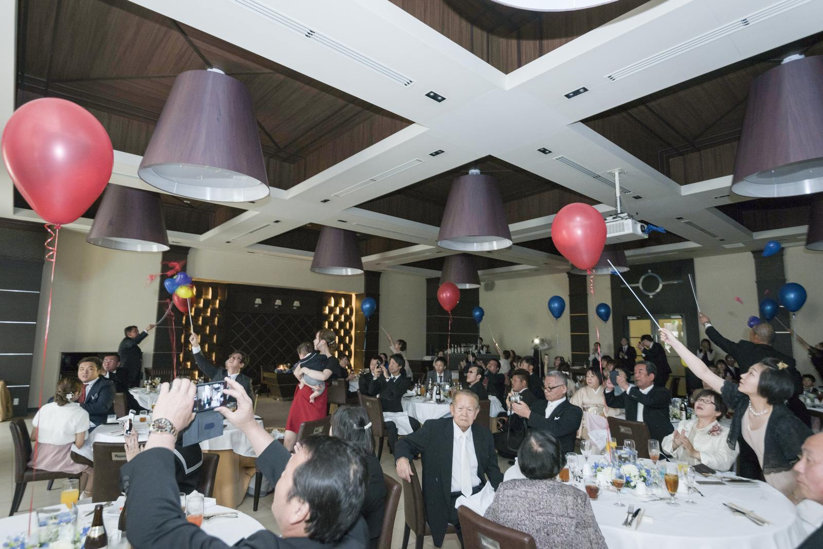 高松市の結婚式場アイルバレクラブでツアーバルーン
