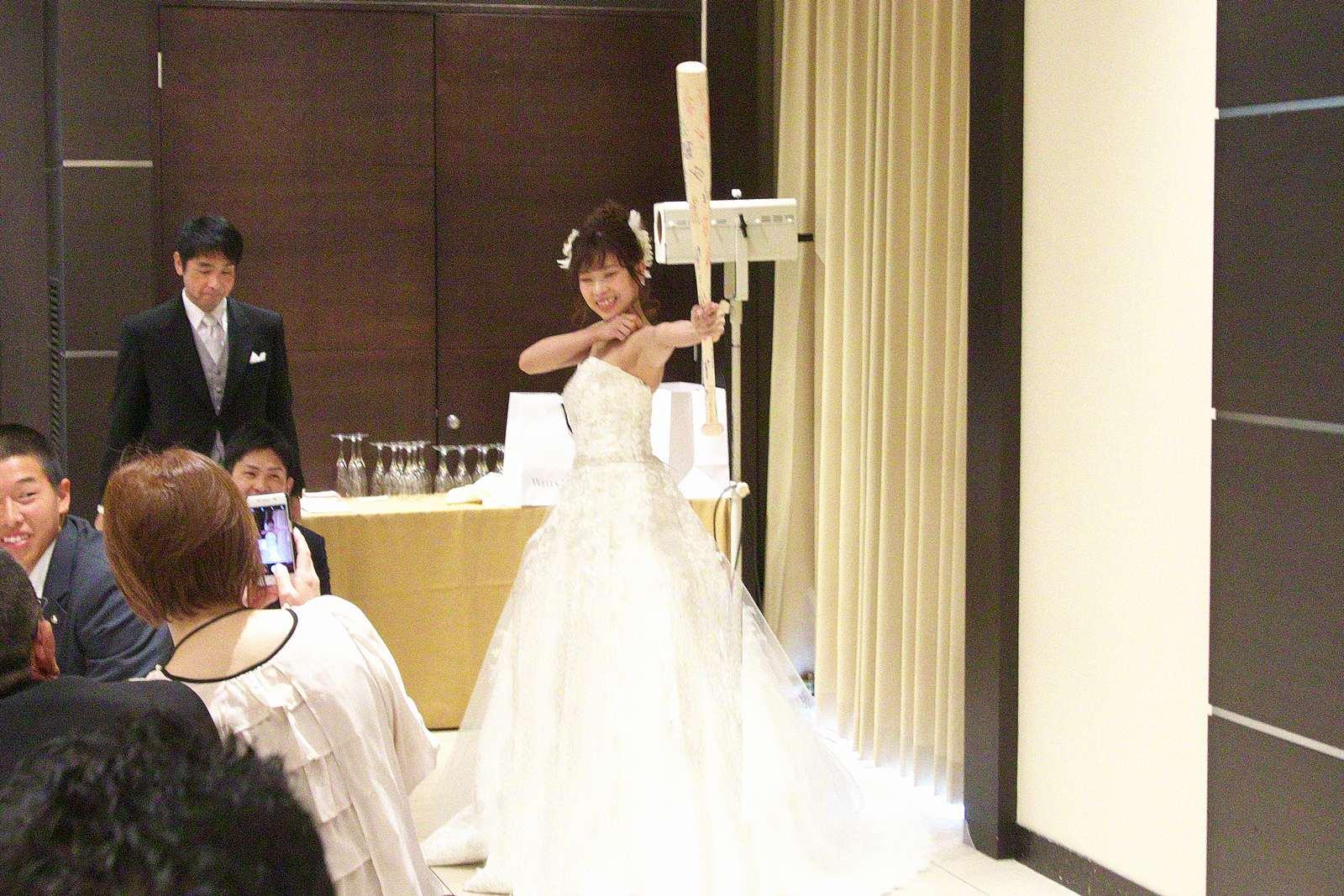 高松市の結婚式場アイルバレクラブの披露宴 バッター