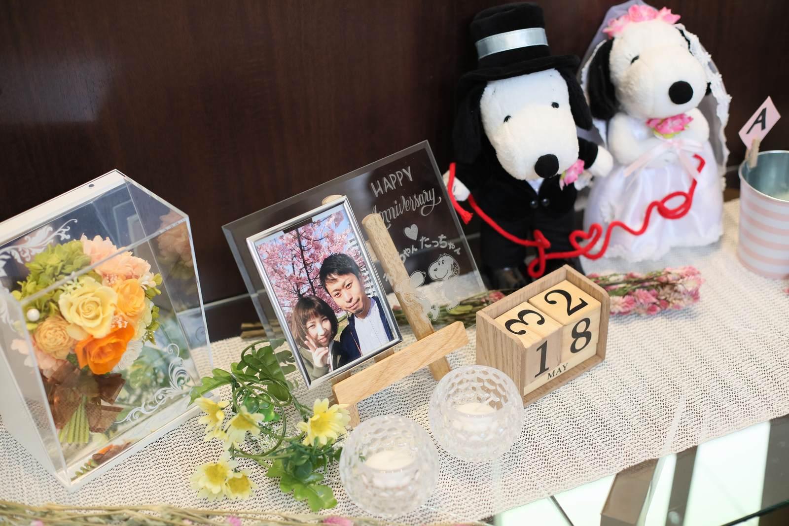 高松市の結婚式場アイルバレクラブのウェルカムスペース お二人お持ち込みの受付グッズ