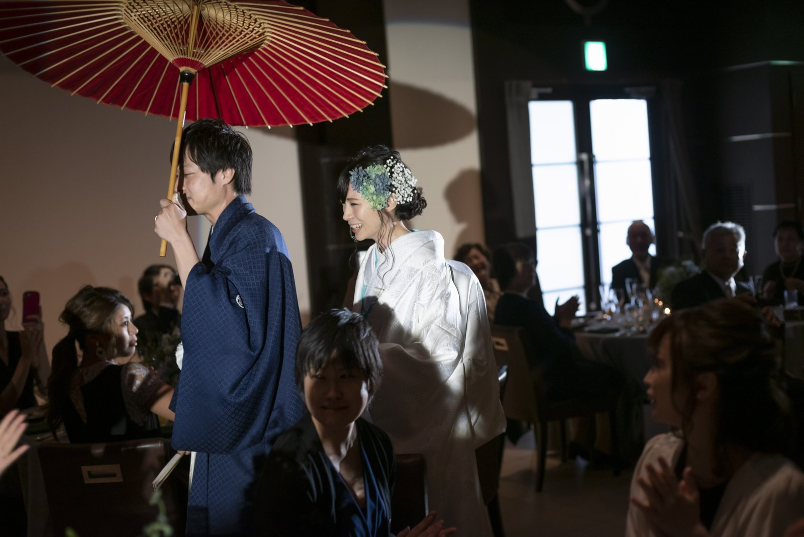 高松市の結婚式場アイルバレクラブ 入場