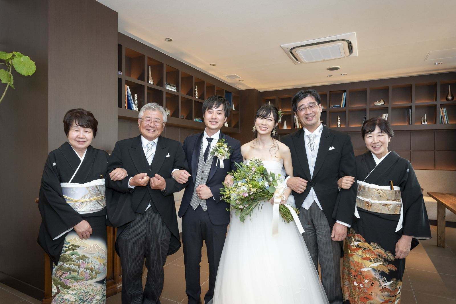 高松市の結婚式場アイルバレクラブ 両家写真
