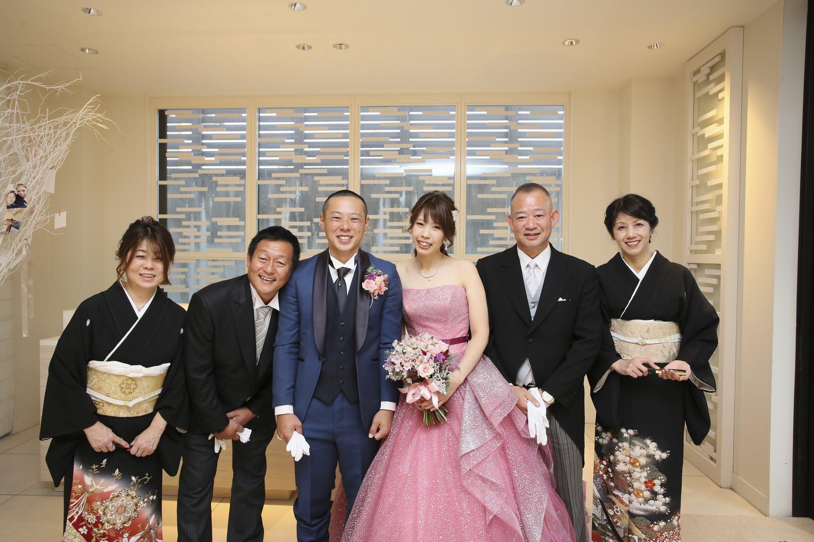 高松市の結婚式場アイルバレクラブ 家族写真