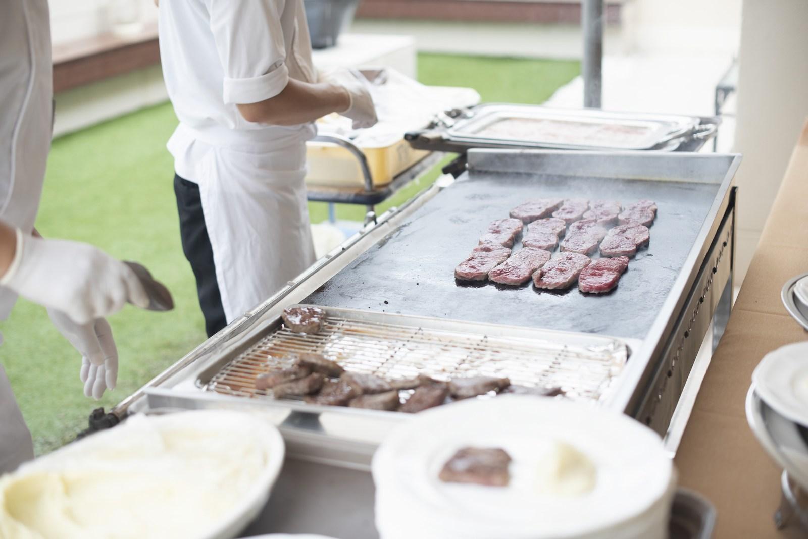 高松市の結婚式場アイルバレクラブ 肉の鉄板焼き